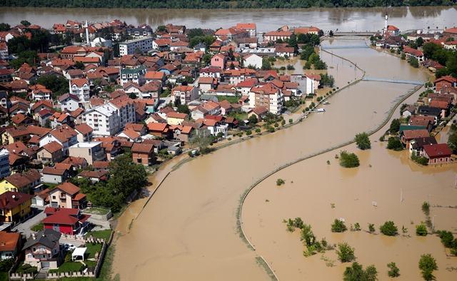 Έντεκα νεκροί από τις πλημμύρες στη Σερβία
