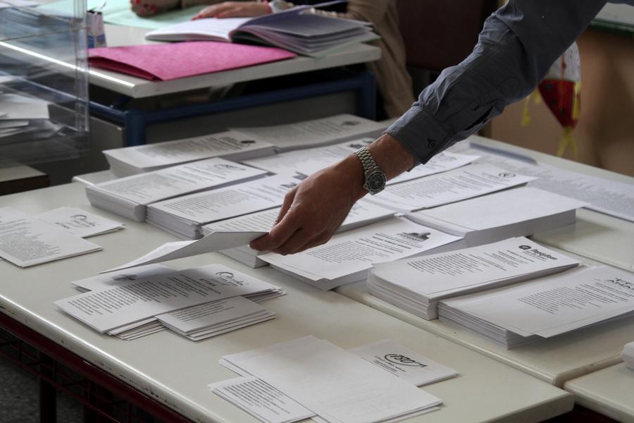 Τι δείχνουν τα exit polls