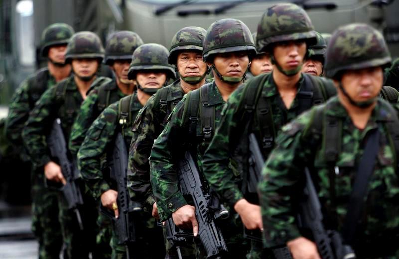 Στρατιωτικός νόμος στην Ταϊλάνδη
