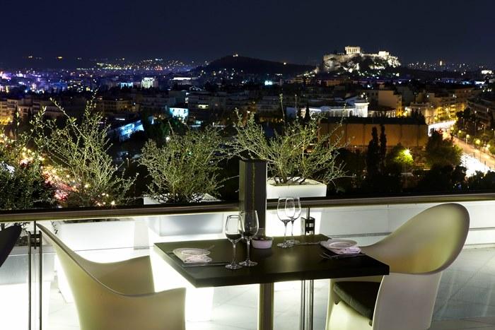 Καλοκαιρινές γεύσεις στο Galaxy Bar & Restaurant