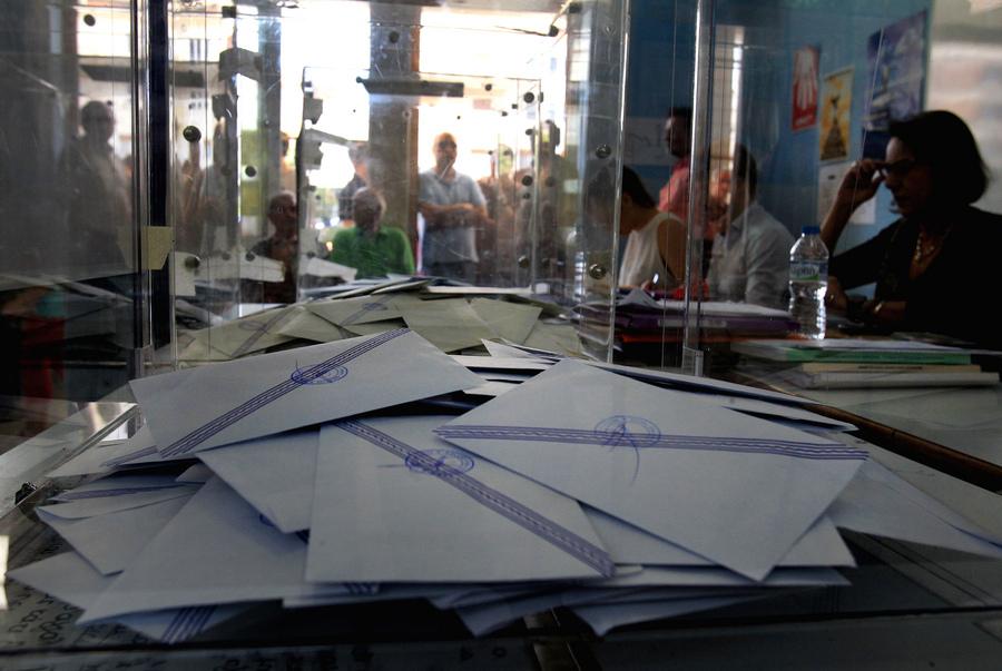 «Στον αέρα οι εκλογές» διαμηνύει το υπουργείο Εσωτερικών