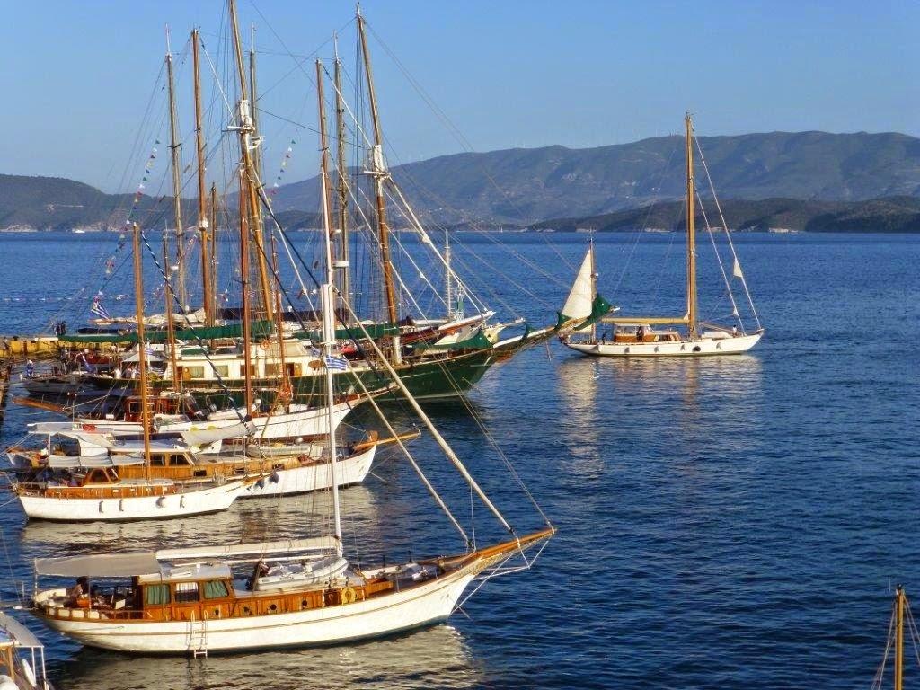 Μια «πλωτή» έκθεση για τους λάτρεις των παραδοσιακών σκαφών