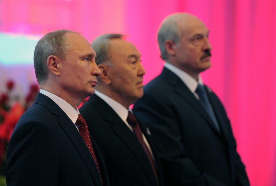 Το «αντίπαλο δέος» της Ε.Ε. έστησε ο Πούτιν