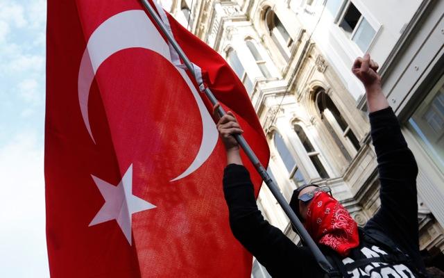 Τα «χρηστά ήθη» θα πρέπει να τηρεί όποιος θέλει τουρκική υπηκοότητα
