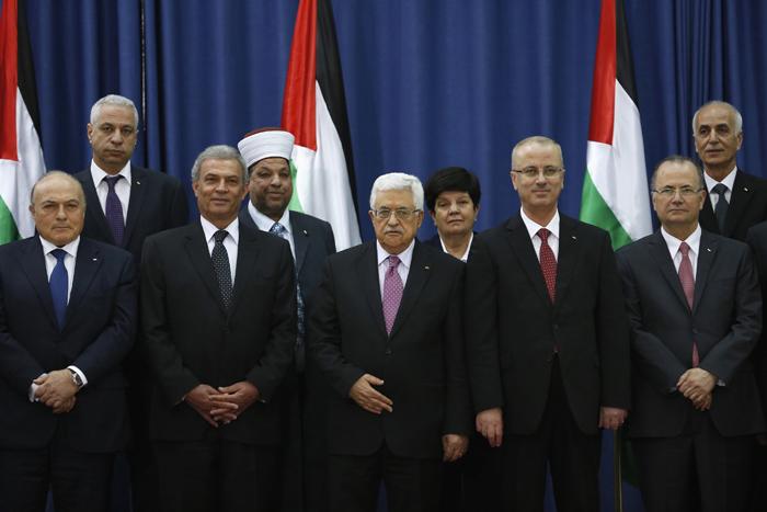 Ορκίστηκε η κυβέρνηση εθνικής ενότητας στην Παλαιστίνη