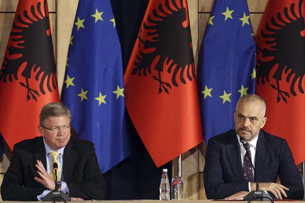 Προς ένταξη στην ΕΕ η Αλβανία