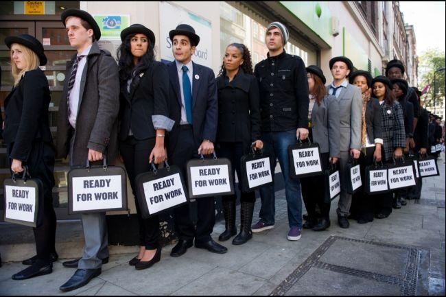Πώς θα λυθεί το πρόβλημα της ανεργίας στην Ελλάδα;