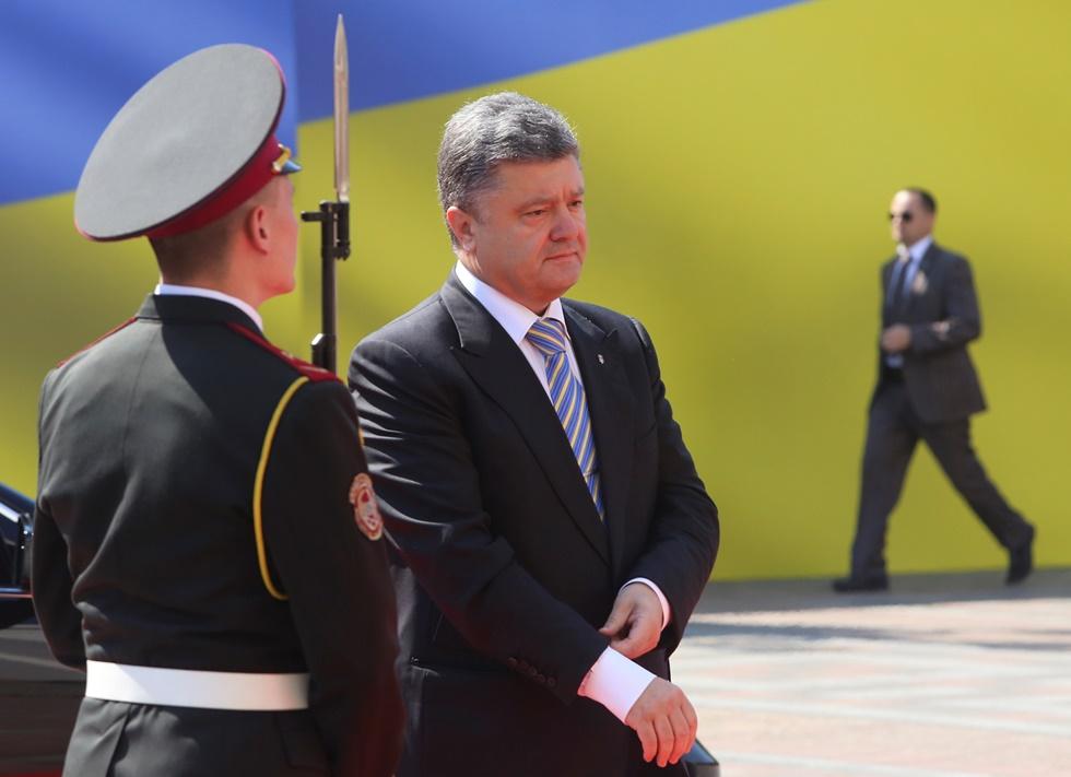Ουκρανία: Και επίσημα πρόεδρος ο «βασιλιάς της σοκολάτας»