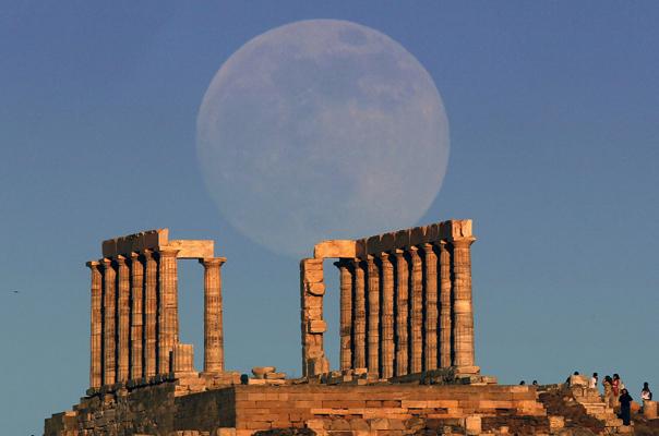 «Ύμνοι» των αμερικανικών ΜΜΕ για την τουριστική Ελλάδα