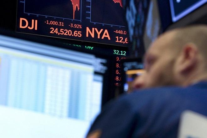 Οι ΗΠΑ κατηγόρησαν επίσημα την Κίνα πως χειραγωγεί το νόμισμά της – Μεγάλη πτώση στη Wall Street