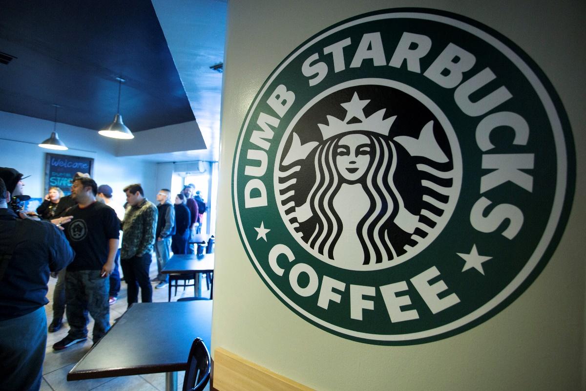 Η τελευταία έκπληξη των Starbucks είναι δωρεάν – και δεν είναι καφές