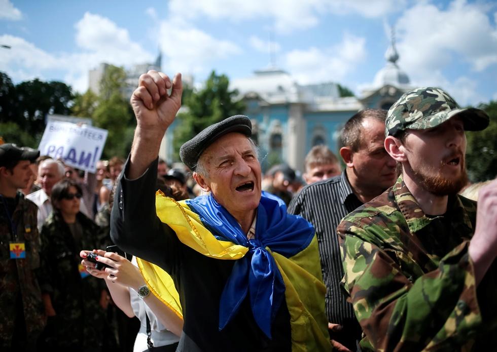 Μονομερής «κατάπαυση πυρός» στην Ουκρανία