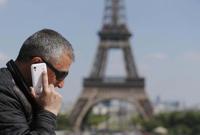 Φτηνότερες κλήσεις και data roaming από 1η Ιουλίου σε όλη την Ε.Ε.