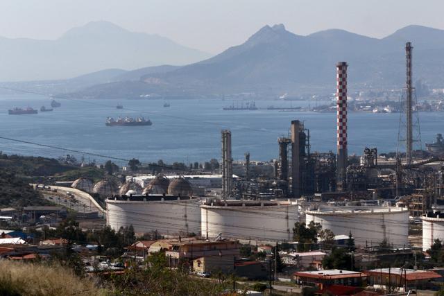 Ζημιογόνο το καθαρό αποτέλεσμα εμπορίας πετρελαιοειδών το 2013