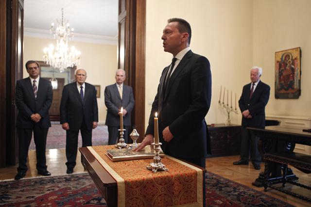 Ορκίστηκε διοικητής της ΤτΕ ο Γιάννης Στουρνάρας