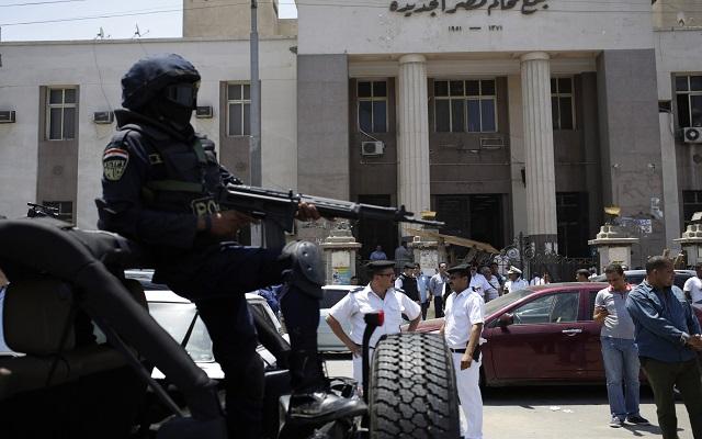 Νέο κύμα βομβιστικών επιθέσεων στο Κάιρο