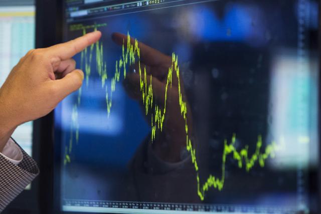 Η Ελλάδα δανείζεται ξανά από τις αγορές