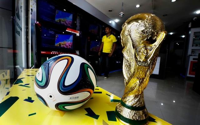 Ποδόσφαιρο έναντι οικονομίας