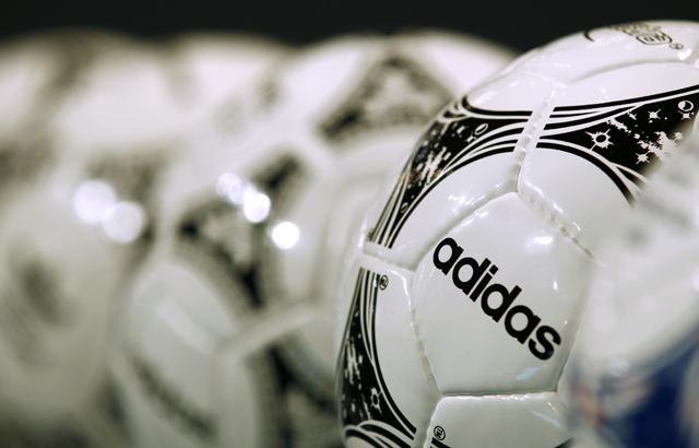 Πώς προετοιμάζει η Adidas τα tweets του Μουντιάλ