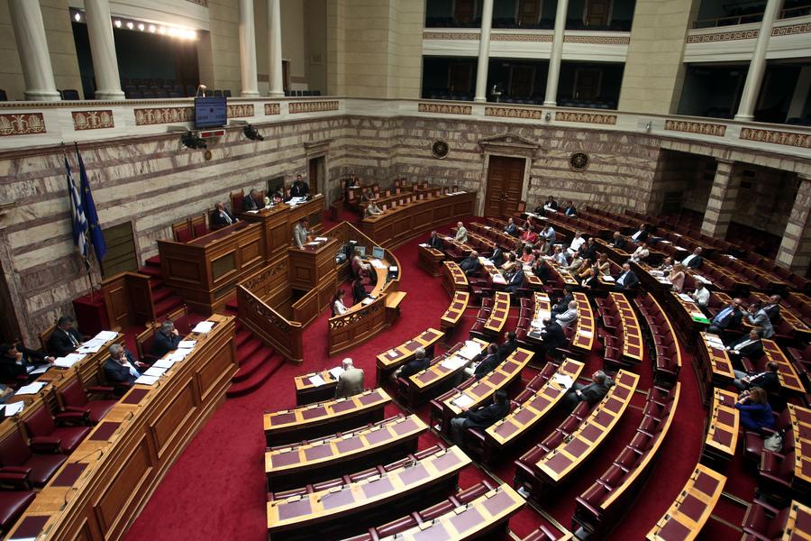 Υπερψηφίστηκε το νομοσχέδιο για τη «μικρή ΔΕΗ»