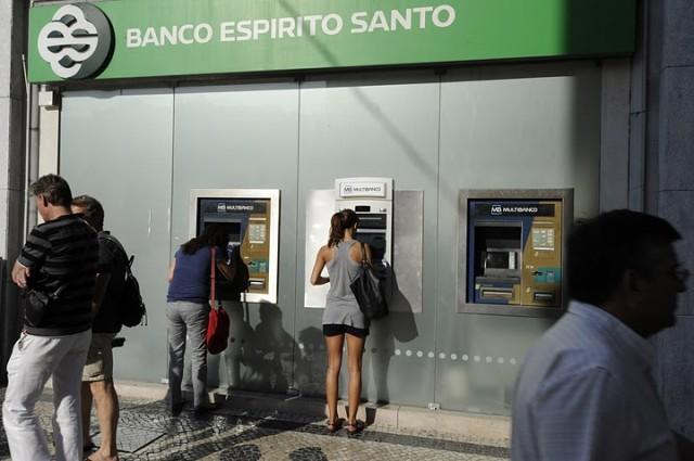 Ο πορτογαλικός ιός χτύπησε και την ελληνική έξοδο στις αγορές