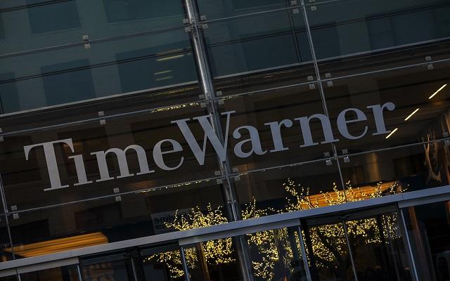 Η Time Warner απορρίπτει την προσφορά εξαγοράς της Fox