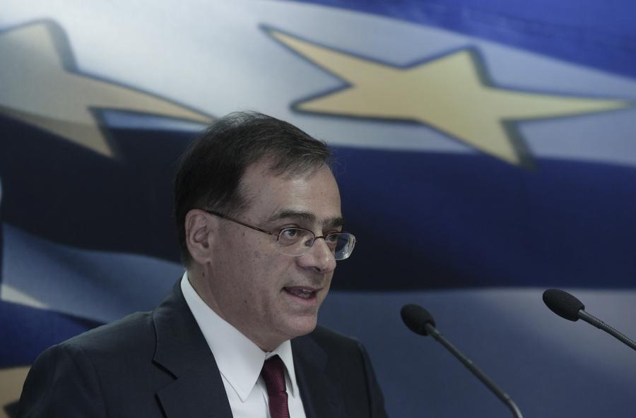 «Γκάζια» Χαρδούβελη σε υπουργούς με μνημονιακές υποχρεώσεις