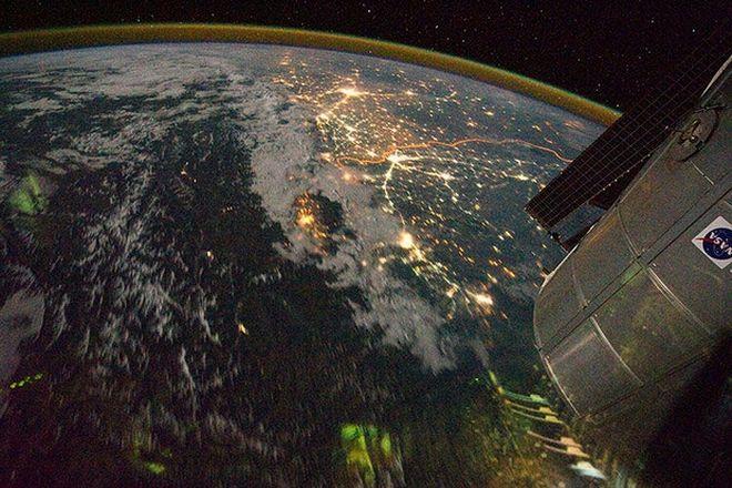 Οι πιο φωτεινές πόλεις του κόσμου από το διάστημα
