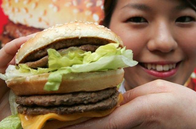 Η McDonald's Ιαπωνίας σταματά την εισαγωγή κινέζικων κοτόπουλων