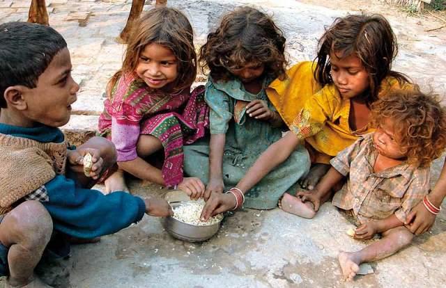 Η περιουσία των 85 πλουσιότερων στον κόσμο ίση με αυτήν των 3,5 δισ. φτωχότερων