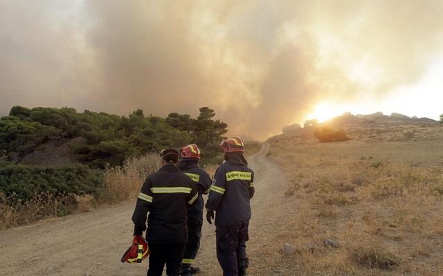 Χωρίς ενεργό μέτωπο πλέον η πυρκαγιά στις Ροβιές Ευβοίας