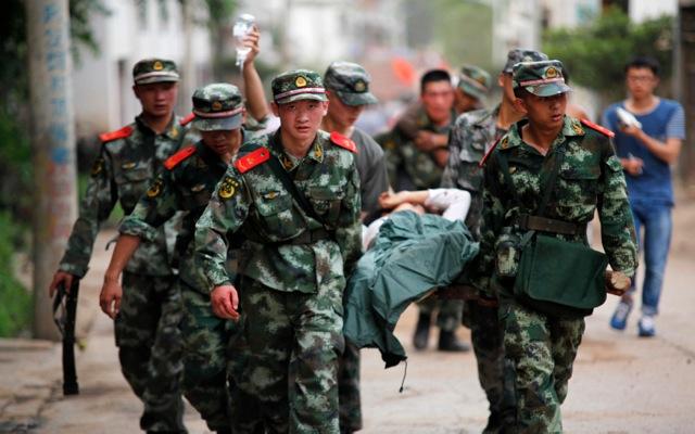 Αυξάνεται ο τραγικός απολογισμός του φονικού σεισμού στην Κίνα – Βίντεο