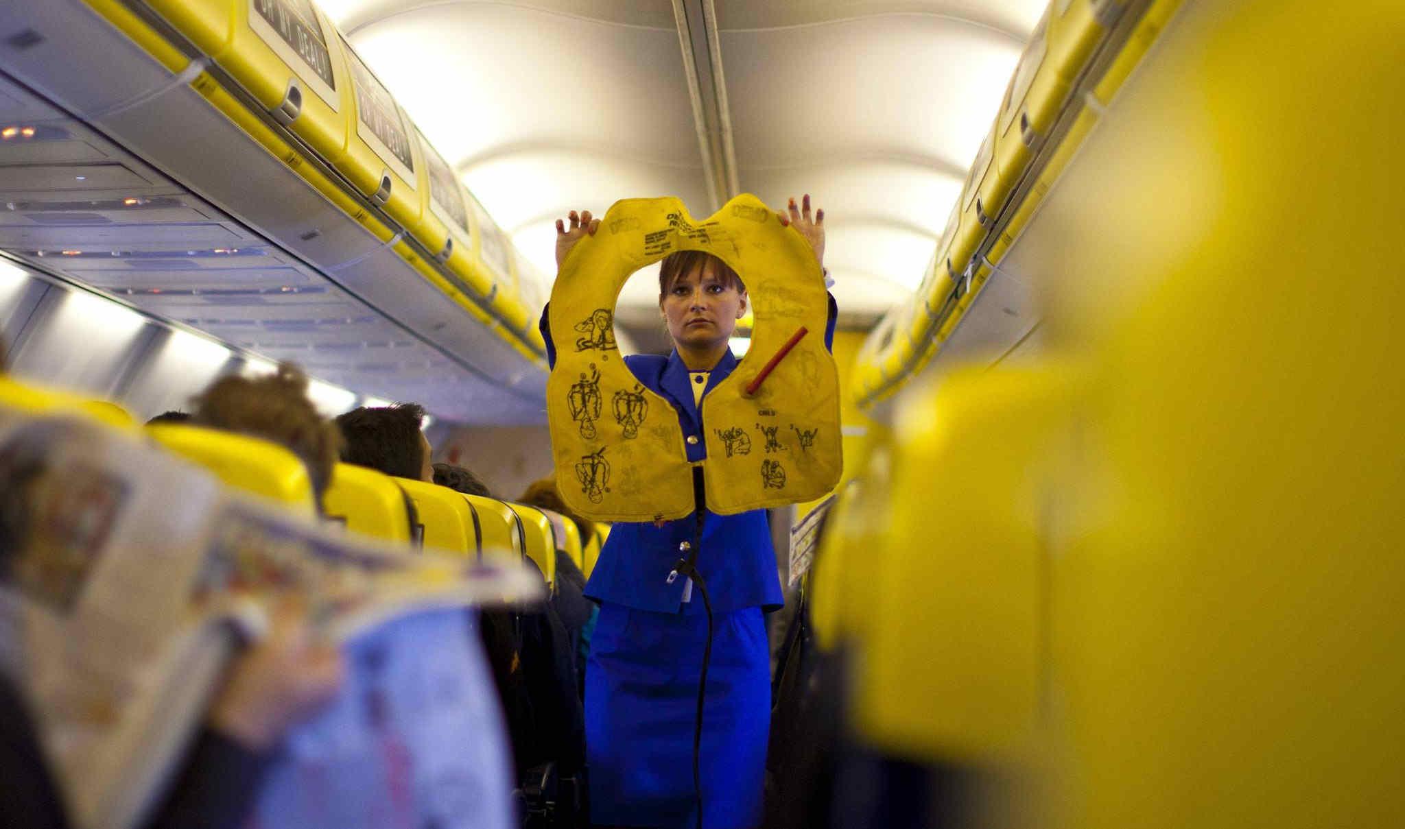 Νέες προσλήψεις αεροσυνοδών από τη Ryanair