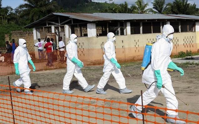 Χαμηλή η πιθανότητα μετάδοσης του ιού Έμπολα στη χώρα μας