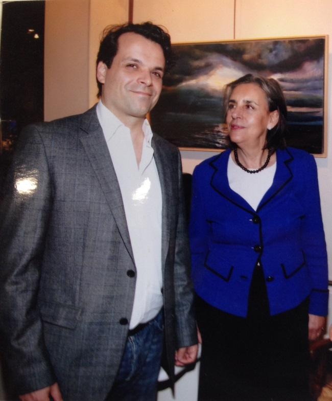 O Γιάννης Καλλιγάς με τη μητέρα του Ελένη Καλλιγά.