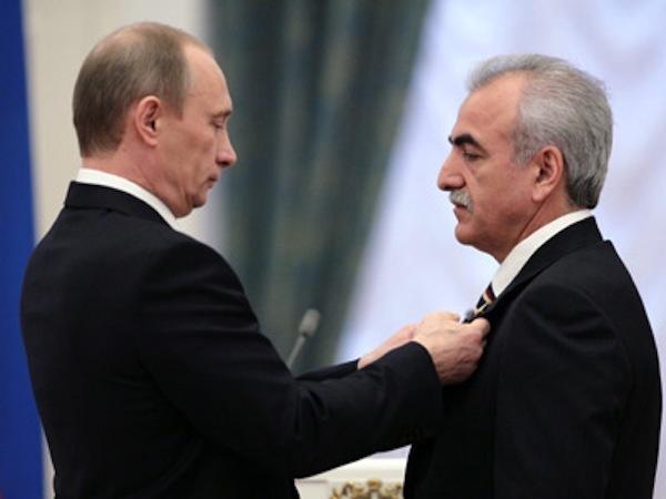 Σαββίδης σε Πούτιν: «Δώστε ένα χέρι βοηθείας στον ελληνικό λαό»