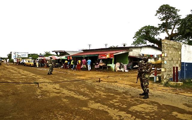Τα όπλα επιστρατεύει η Λιβερία κατά της εξάπλωσης του Έμπολα