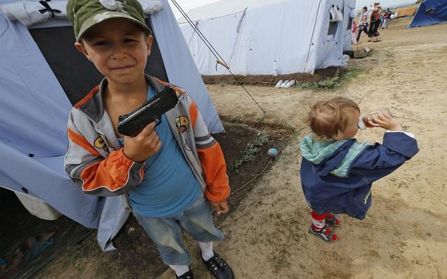 «Δεκάδες οι νεκροί της επίθεσης στην αυτοκινητοπομπή των προσφύγων»