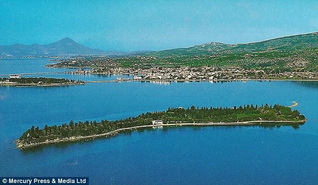 Πωλείται ελληνικό νησί για 15 εκατ. ευρώ.