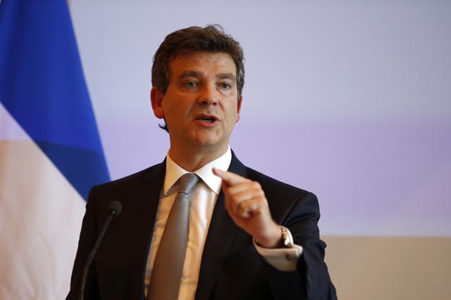 Ο Γάλλος ΥΠΟΙΚ κατακρίνει την πολιτική του Βερολίνου