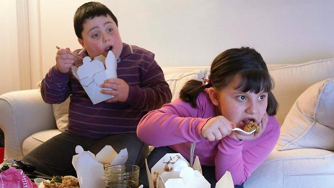 Πρώτη η Ελλάδα στην παιδική παχυσαρκία