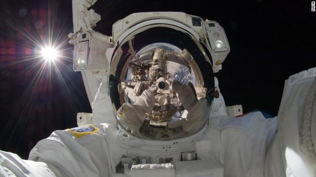 Οι καλύτερες selfie έρχονται από το… διάστημα