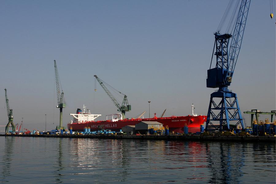 Απαλλαγή από δασμούς και φόρους για τα υπό επισκευή πλοία
