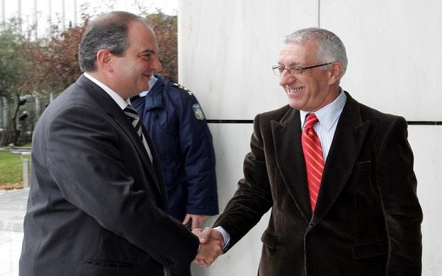 «Ο Κ. Καραμανλής δεν ενδιαφέρεται για Πρόεδρος της Δημοκρατίας»