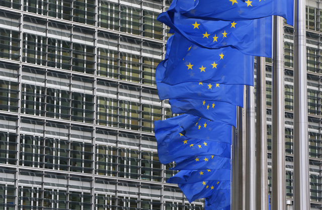 Reuters: Έως 5 δισ. σε ένα χρόνο η ζημιά της ΕΕ από το ρωσικό εμπάργκο