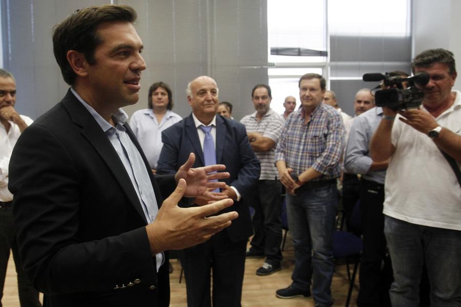 Αιχμές του ΣΥΡΙΖΑ για τη μεγάλη φοροδιαφυγή