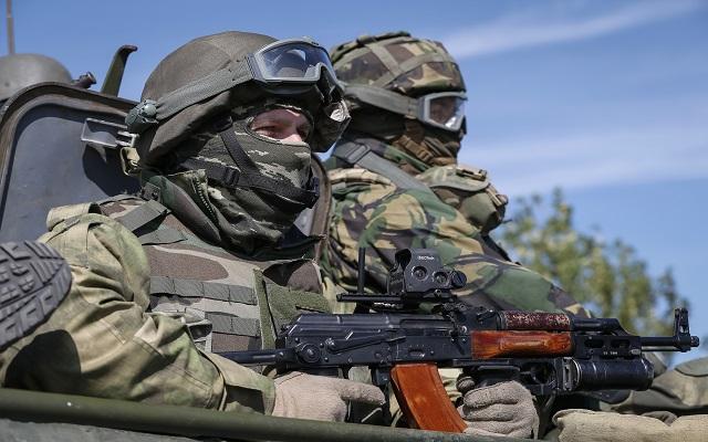 Ουκρανία: Οι πρώτες «ρωγμές» σε μια εύθραυστη εκεχειρία