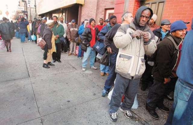 Μεγαλώνει η «ψαλίδα» μεταξύ πλούσιων και φτωχών Αμερικανών
