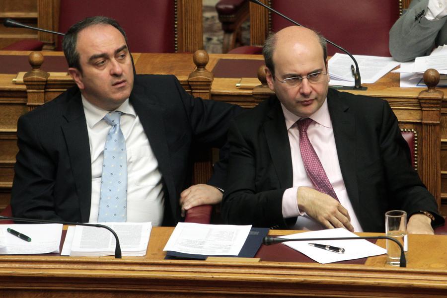 Χατζηδάκης-Σκορδάς αντιδρούν για την ακύρωση «ανοιχτών Κυριακών»