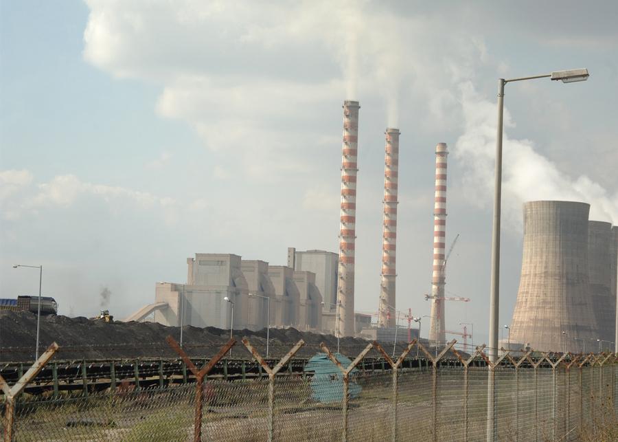 Έπεσαν οι υπογραφές για την αντιστάθμιση κόστους εκπομπών ρύπων